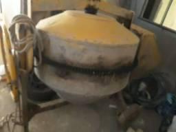 Vendo betoneira 400l