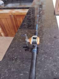 Carretilha de pesca.