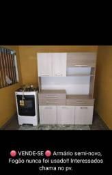Fogão e armário