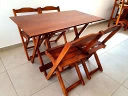 Jogo de Mesa 120x70 Dobrável com 4 Cadeiras