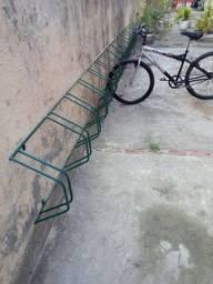 Bicicletario para 8 e 10 bicicletas