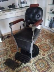 Vende-se uma cadeira FERRANTE