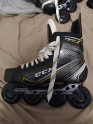 Patins Inline de Hockey profissional CCM Tacks 9060R