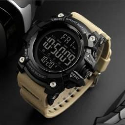 Relógio Militar/ Esporte Skmei