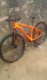 Bicicleta Lotus: Poucos meses de uso. Nota fiscal. Lubrificada
