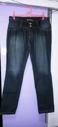 Vendo calça jeans semi-novas R$10,00