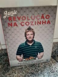 LIVRO DO CHEF DE COZINHA INGLES JAMIE OLIVER! SEMINOVO!