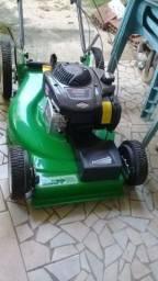 máquina de corta grama