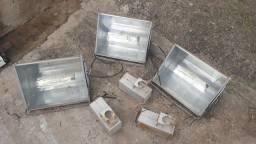Luminária com reator 220v com lâmpadas 150w