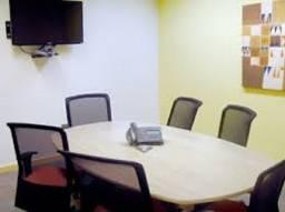 Trabalhe como quiser num escritório privativo para até quatro pessoas.
