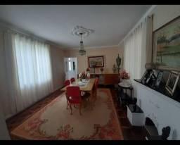 Alugo quarto casa alto padrão