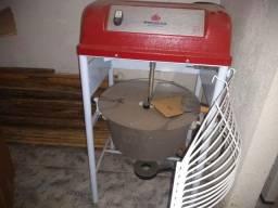 Masseira seladora e mesa