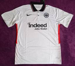 Camisa do Frankfurt branca (Disponível: EGG)