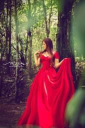 Lindo vestido vermelho