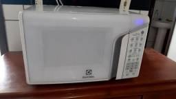 Microondas eletrolux 31 litros