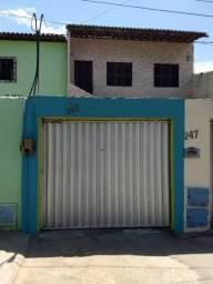 Casa Altos, 1 Quarto - localizado na Av Carneiro de Mendonça, 247 - Prox Estação Metrô
