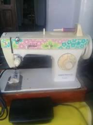 Máquina de costura Singer Bobina Mágica Facilita