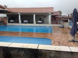 Chalé em caldas,piscina,sauna,salão de festas,ótimo condomínio bem localizado