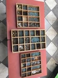 Organizador de madeira para parafusos e ferragens