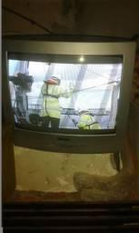 Vendo TV de tubo 20 polegadas