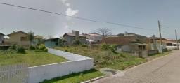 Terreno em Gravatá, cidade de Navegantes/SC, 300 metros da beira mar. Aceita automóvel