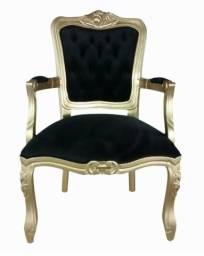 Poltrona Luis XV na cor dourada