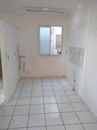 Apartamento para alugar R$650,00 com condomínio e água incluso