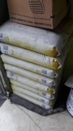 Argamassa 20 kg Quartzolit vendo 8 por 100,00
