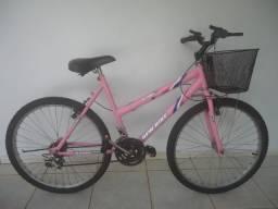 Bicicleta feminina Aro 26 com 18 marchas. Seminova. Ótimo estado. Nada para consertar. Do