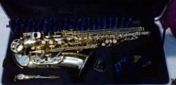Saxofone alto Milano novo