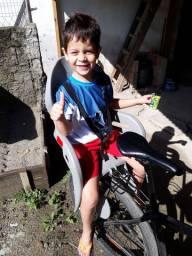Vendo cadeirinha para bicicleta traseira com suporte