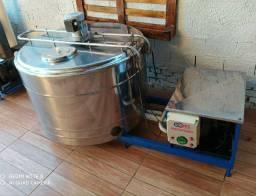 Refrigedor de Líquidos em Inox A Granel Semi Novo 300 Litros