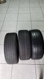 Dois pneus aro 15