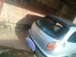 Vendo este carro 7.500 reais - 2001
