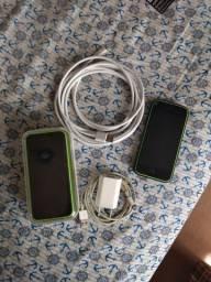 Dois iPhones 5c