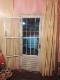 Casa alugo em Serra dourada 2 quartos 550