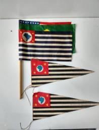 Bandeiras e flâmulas antiga