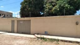 Casa com espaço excelente no Tiradentes
