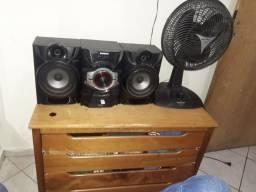Som, cômoda e ventilador  $280