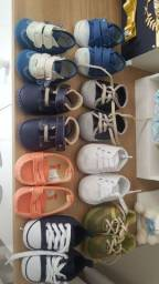 Lote de sapatinhos para meninos