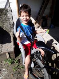 Vendo cadeirinha para bicicleta traseira