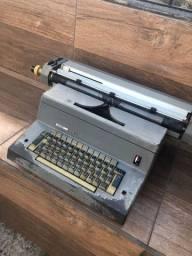 Máquina de escrever elétrica retrô
