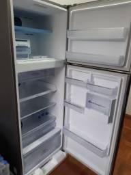 Refrigerador Samsung Inverter Frost Free