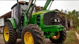 Trator John Deere 6130J