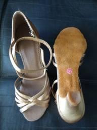 Sandália de dança de salão