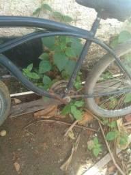Bicicleta boa com coisa a fazer como pode ver