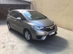 Honda Fit 1.5 LX 2016 c/51 Mkm espetacular estado