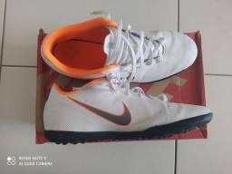 Chuteira Society Nike Mercurial Superfly 6 Club
