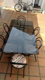 Mesa de vidro c/ cadeiras antiga reforçada