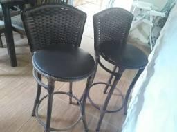 Cadeiras altas